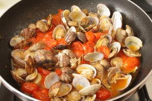almejas en tomate